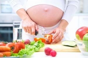 Loại rau quả bà bầu không nên ăn khi mang thai