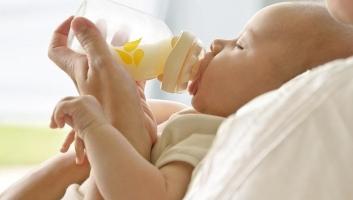 Loại sữa bột tốt nhất cho bé 0-6 tháng tuổi