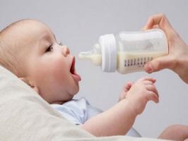 Sữa bột tốt nhất cho trẻ sơ sinh từ 0-6 tháng tuổi