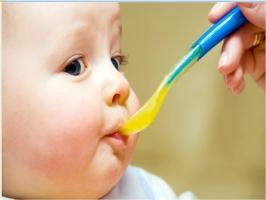 Loại sữa công thức tốt nhất cho trẻ các bà mẹ tin dùng