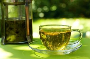 Lưu ý quan trọng khi sử dụng trà xanh