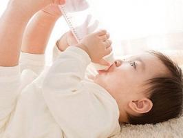 Lưu ý quan trọng nhất khi pha sữa cho trẻ để đảm bảo dinh dưỡng