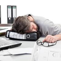 Mẹo chống buồn ngủ hữu hiệu nhất khi làm việc