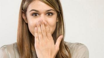 Mẹo chữa nấc cụt hiệu quả nhất bạn cần biết