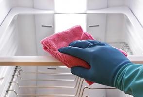 Mẹo chùi rửa tủ lạnh sạch bong như mới hay nhất