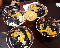 Món ăn ngon nhất phố đi bộ Nguyễn Huệ, TP. Hồ Chí Minh