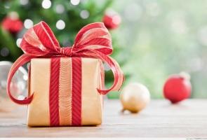 Món quà Giáng sinh ấn tượng nhất tặng bạn thân dịp Noel