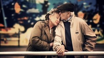 Món quà ý nghĩa nhất dành tặng người cao tuổi
