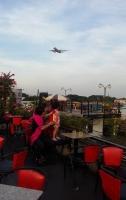 Quán cafe ngắm máy bay cực chất ở Sài Gòn