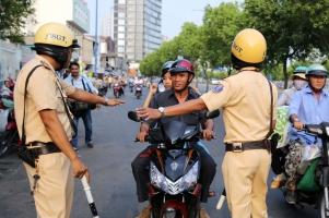 Mức phạt mới nhất với xe máy khi tham gia giao thông các bạn phải biết