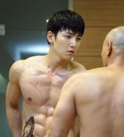 Nam nghệ sĩ Hàn Quốc có body đẹp nhất