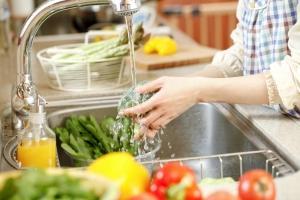 Cách loại bỏ thuốc trừ sâu trong rau củ quả an toàn nhất