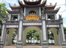 Top 10  đền chùa linh thiêng nhất Việt Nam