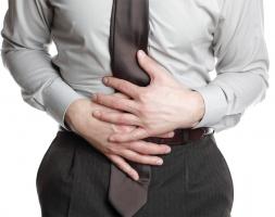 Nguyên liệu chữa đau bụng tại nhà hiệu quả nhất