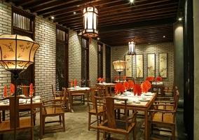 Nhà hàng có không gian sang trọng phù hợp cho buổi hẹn hò ở Hồ Chí Minh