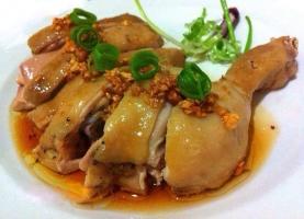 Nhà hàng có món gà ngon, hấp dẫn ở Hà Nội