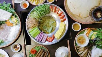 Quán lẩu ngon được yêu thích nhất ở khu vực Láng Hạ, Hà Nội