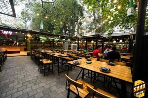 Nhà hàng sân vườn đẹp, hút khách nhất ở Hà Nội