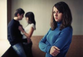 điều không nên làm khi phát hiện chồng ngoại tình phụ nữ nên biết