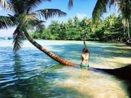 Bãi biển hoang sơ đẹp mê mẩn ở Việt Nam