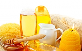 Bài thuốc dân gian đơn giản với mật ong