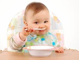Dụng cụ cần thiết nhất khi cho trẻ ăn dặm kiểu Nhật