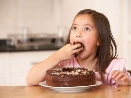 Loại thực phẩm nguy hiểm nhất đối với con bạn