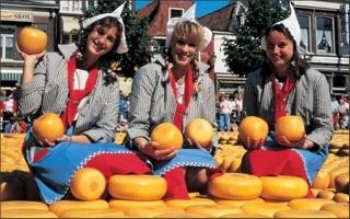 Món ăn đường phố nổi tiếng của Hà Lan