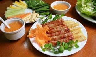 Món ăn ngon nên thưởng thức khi đến Huế