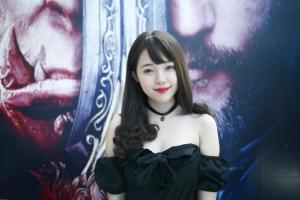 Nữ streamer Liên Minh Huyền Thoại và Đột Kích hot nhất Việt Nam