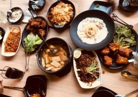 Top 10 Quán ăn sang chảnh phù hợp nhất cho sinh viên tại Hà Nội