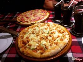 địa chỉ ăn pizza giá tầm trung ngon nhất Hà Nội