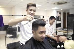 Tiệm cắt tóc nam đẹp nhất ở Huế