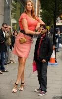 Phụ nữ cao nhất thế giới hiện nay