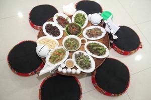 Quán ăn đặc sản dân tộc ngon nhất tại Hà Nội