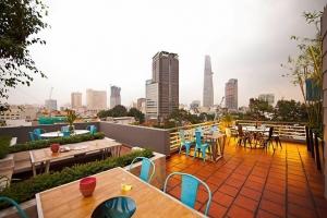 Quán ăn uống trên cao view đẹp nhất Sài Gòn