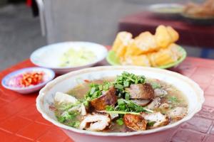 Quán cháo lâu đời nổi tiếng nhất Sài Gòn