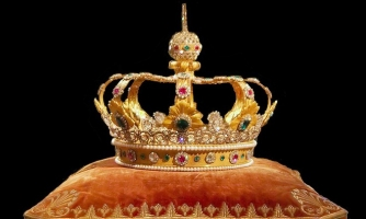 Quốc gia ở châu Âu còn vua và nữ hoàng