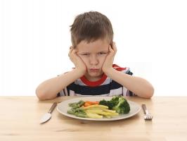 Quy tắc ăn dặm giúp trẻ không biếng ăn