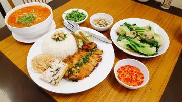 Quán cơm tấm ngon nức tiếng ở Hà Nội
