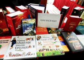Sách bán chạy nhất đầu năm 2017 trên Tiki