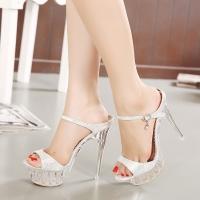 Shop bán giày cao gót đẹp và chất lượng nhất TPHCM