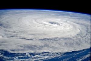 Siêu bão mạnh nhất trong lịch sử thế giới