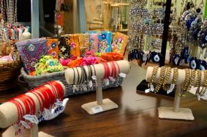 Top 5 Cửa hàng bán nguyên liệu làm đồ handmade rẻ nhất Sài Gòn