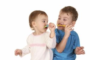 Cách hay khiến cho trẻ thích đánh răng hơn
