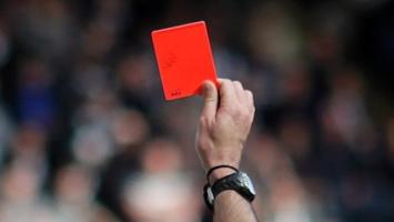 Thẻ đỏ nhanh nhất lịch sử bóng đá thế giới.
