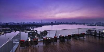 """Cafe nhà hàng Rooftop siêu đẹp nhất định phải """"check in"""" khi ghé thăm Hà Nội"""