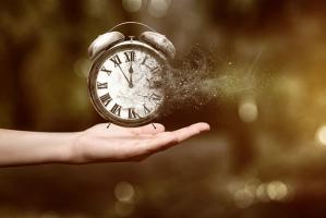 Thói quen lãng phí thời gian cần loại bỏ