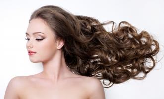 Thói quen sai lầm khiến tóc bạn ngày càng yếu dần