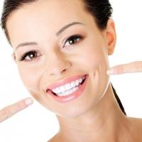 Thực phẩm phổ biến dễ gây sâu răng cho bạn nhất